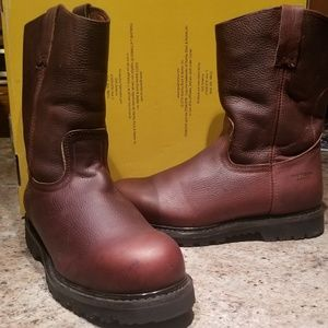 Nwot Patron pull on boots